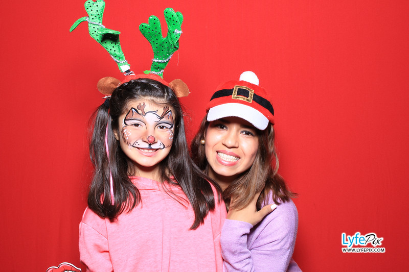 eastern-2018-holiday-party-sterling-virginia-photo-booth-0108.jpg