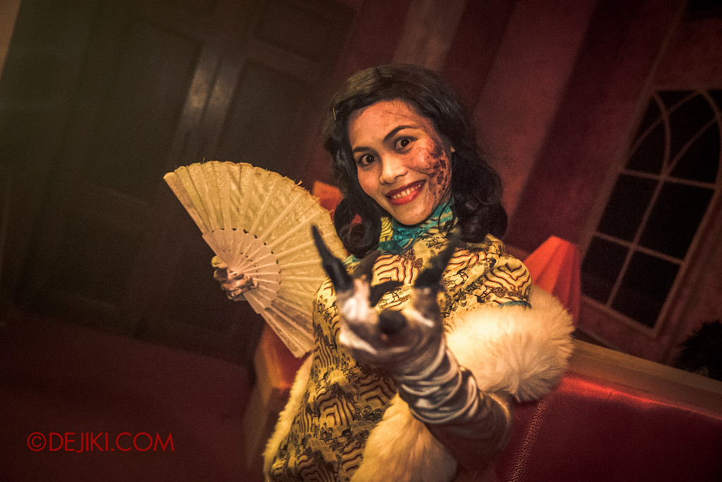 Halloween Horror Nights 6 Final Weekend - Hu Li's Inn revisited / Lady in white