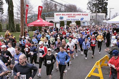 2005 Comox Valley Half Marathon - ComoxHalf2005-Al-Livsey-016.jpg