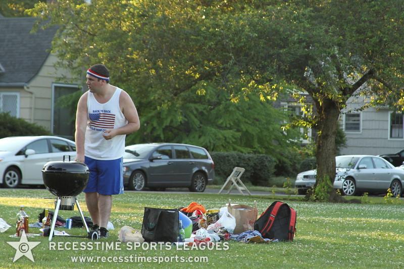 Recesstime_Portland_Kickball_20120724_4112.JPG