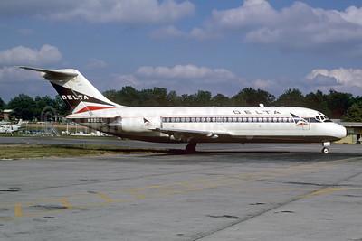 Douglas DC-9 (DC-9-11 - DC-9-51)