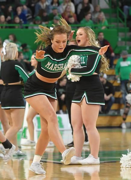 cheerleaders2599.jpg