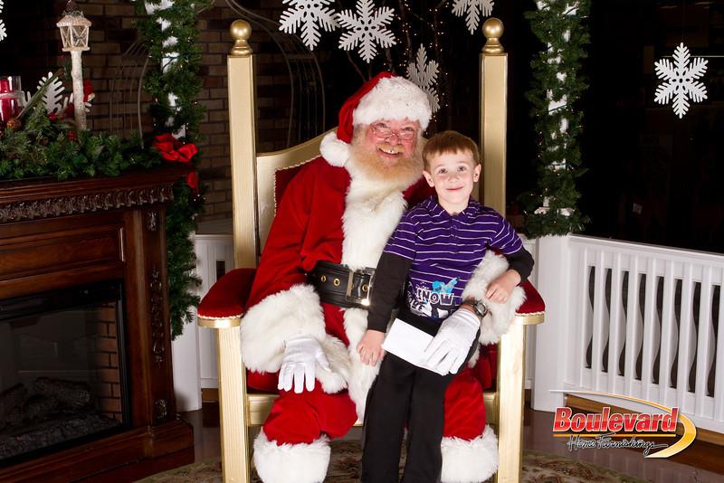 Santa Dec 15-33.jpg