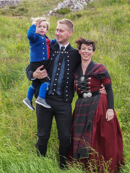 Hans Christian, Marina og lille Joannes. Foto- Martin Bager-7298329.jpg