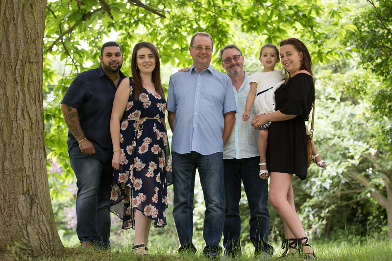 Virdee_family_portraits_ben_savell_photography_harlow_town_park_june_2017-0017.jpg