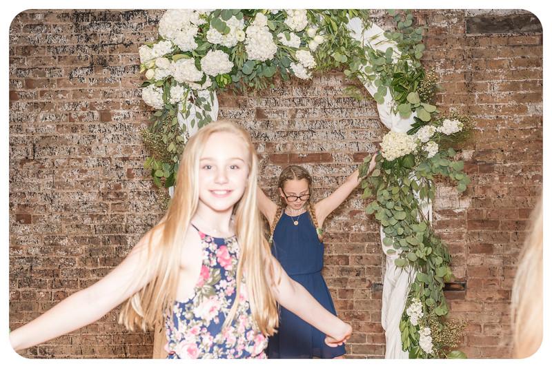 Laren&Bob-Wedding-Photobooth-167.jpg
