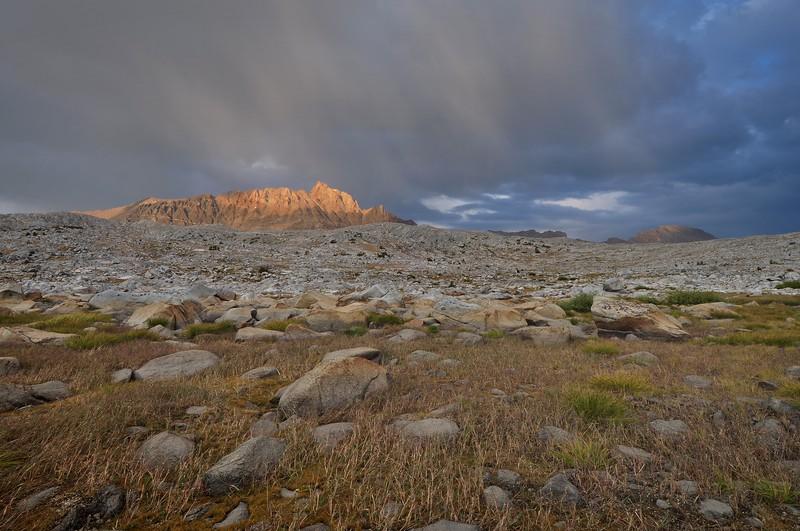 (2009-October 3-5) Humphreys Basin/Pilot Knob Summit.  Inyo National Forest, California.