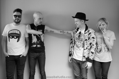 2014-06-17-Mix100-Neon Trees Meet n Greet