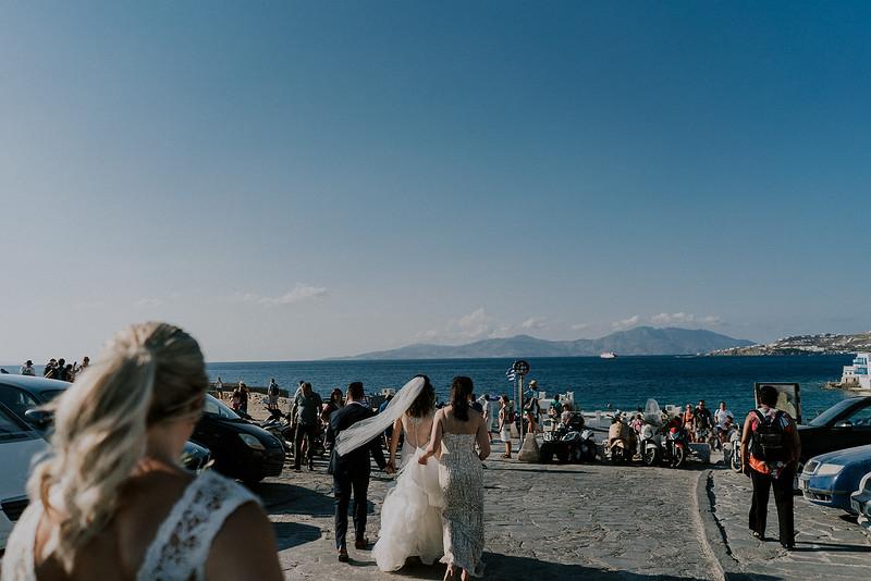 Tu-Nguyen-Destination-Wedding-Photographer-Mykonos-Katherine-Benji-327.jpg