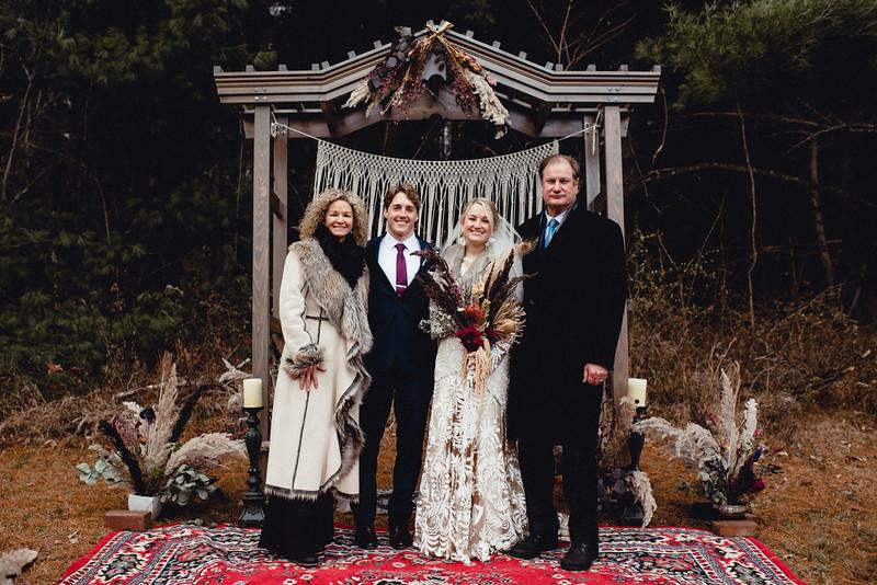 Requiem Images - Luxury Boho Winter Mountain Intimate Wedding - Seven Springs - Laurel Highlands - Blake Holly -1140.jpg