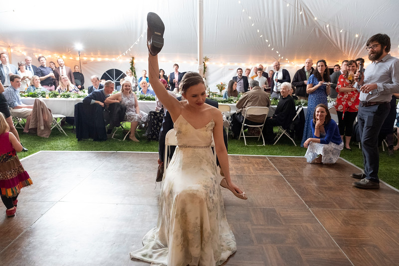 kwhipple_toasts_first_dance_shoe_game_20180512_0155.jpg