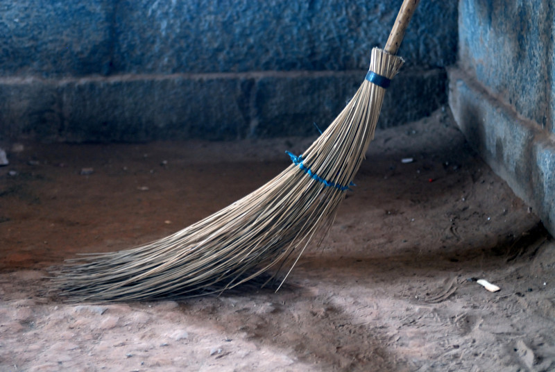 Broom in Tomb.jpg