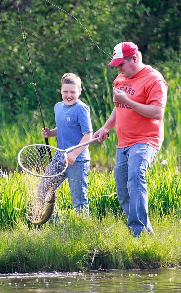 20160521 LCJ  Carp Fishing (hrb)