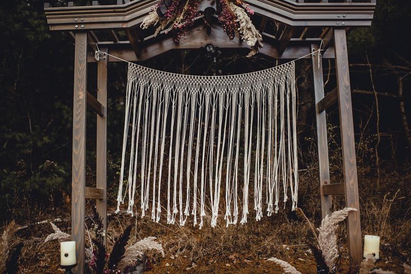 Requiem Images - Luxury Boho Winter Mountain Intimate Wedding - Seven Springs - Laurel Highlands - Blake Holly -1119.jpg