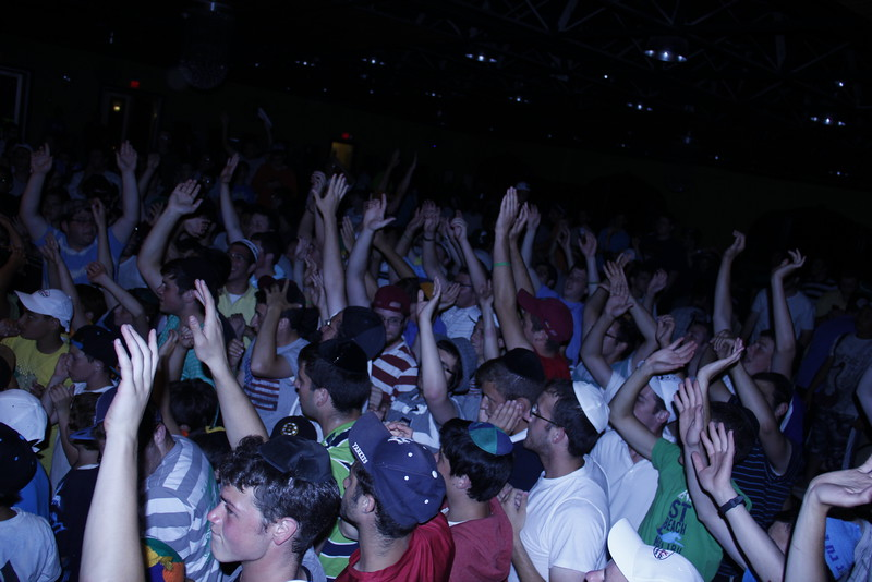 kars4kids_thezone_camp_boys_concert (23).JPG
