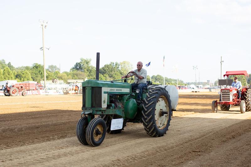 Antique Tractor Parade-114.jpg