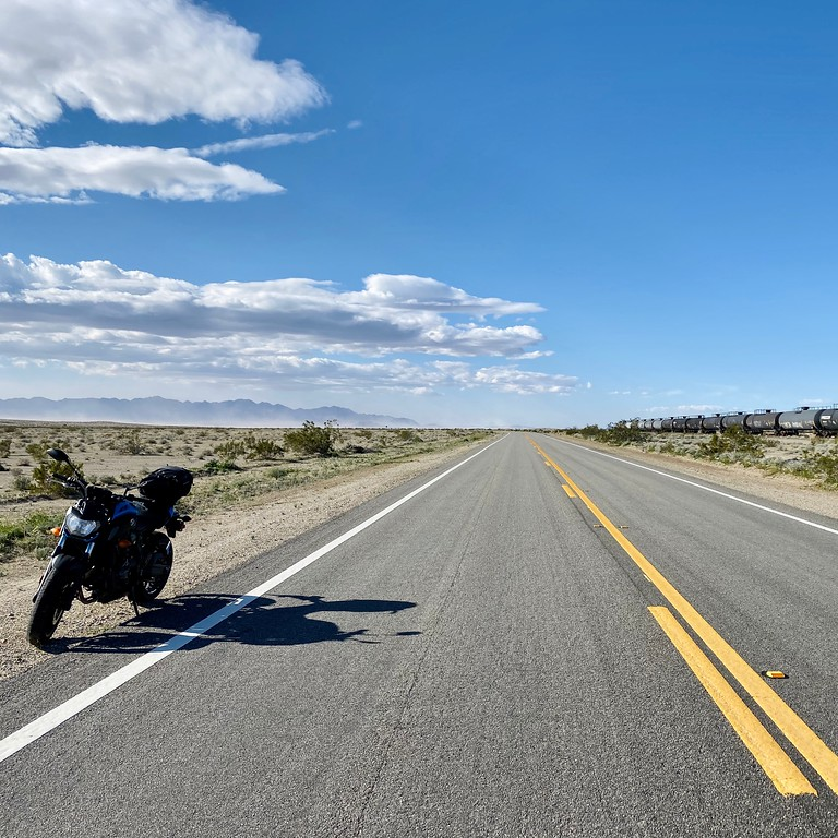 motorcycle blogger fuzzygalore on a yamaha fz07 in the california desert