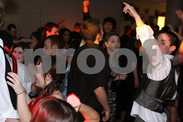 2011 RTHS TWIRP DANCE CANDIDS