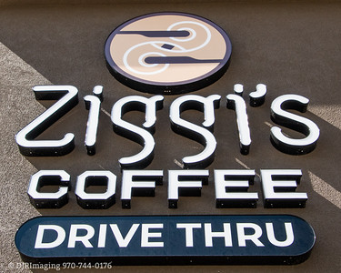 Loveland Chamber - Ziggi's Coffee Ribbon - Cutting - 07/23/2019