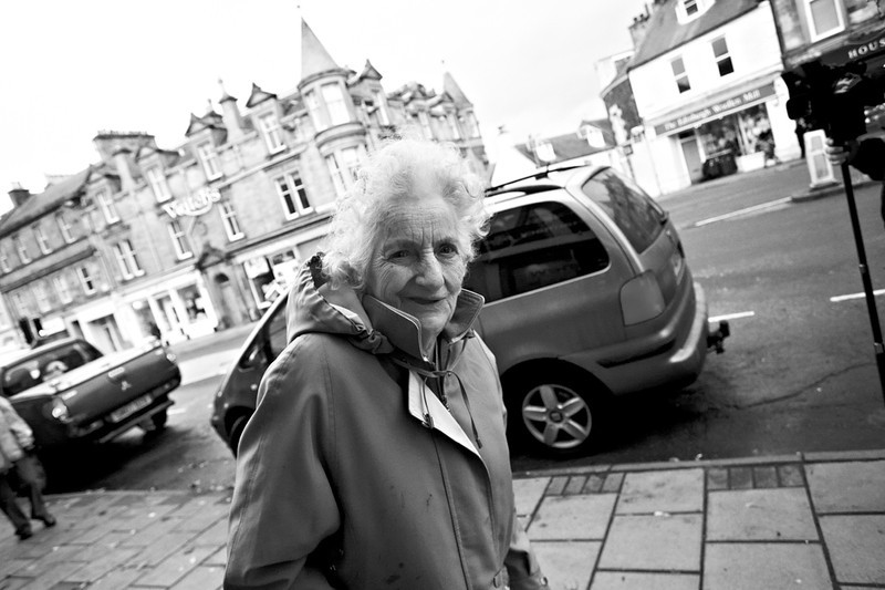 Old lady - Peebles - Shooting from the Hip