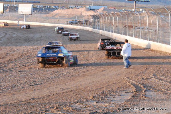 WOO-VEGAS-NO-WING-03-08-12