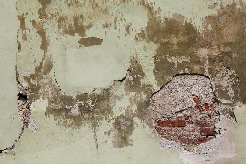 wall82.jpg