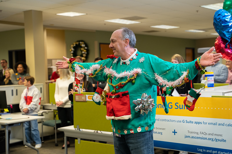 Resource Group Holiday Party 2019-00705.jpg