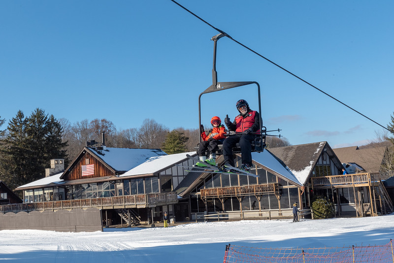 Opening-Day_12-7-18_Snow-Trails-70644.jpg