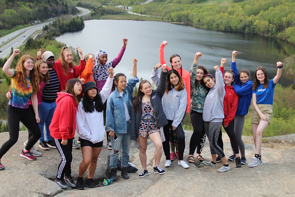Senior Girls Hike 2019