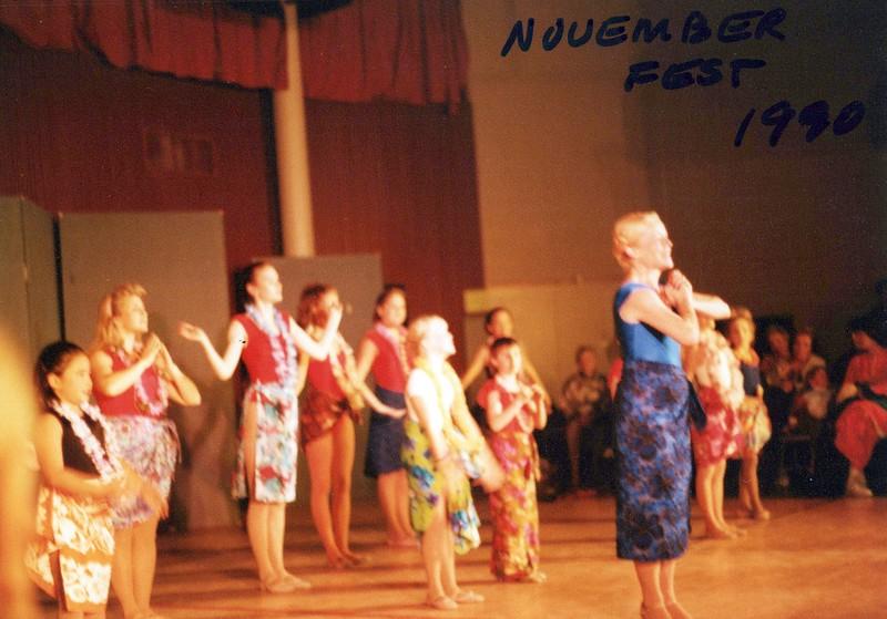 Dance_0345_a.jpg