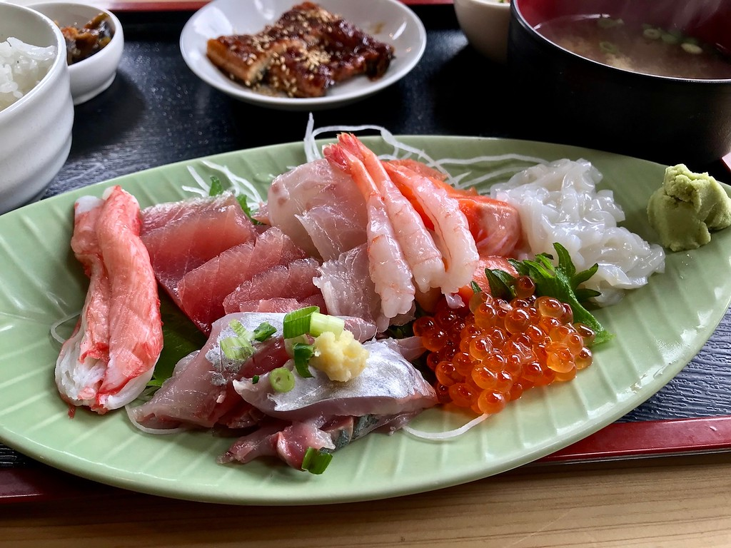 Sashimi set lunch at Daimasa.