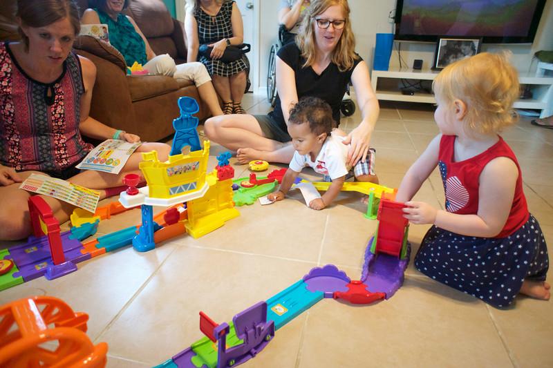 LINCOLN 1st BIRTHDAY PARTY_ 231.jpg