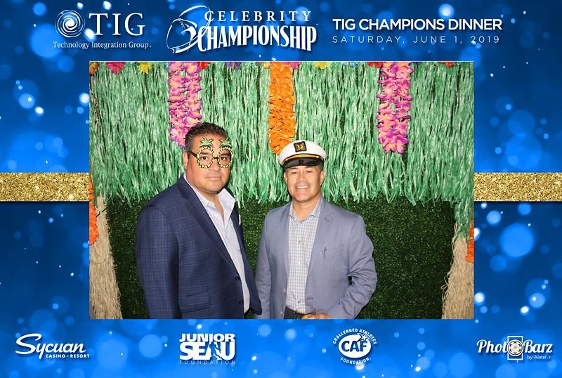 Celebrity Golf Sat Night1.jpg