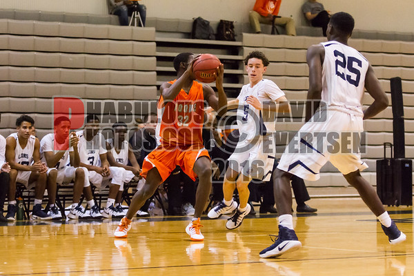 Boys Varsity Basketball #32 - 2016