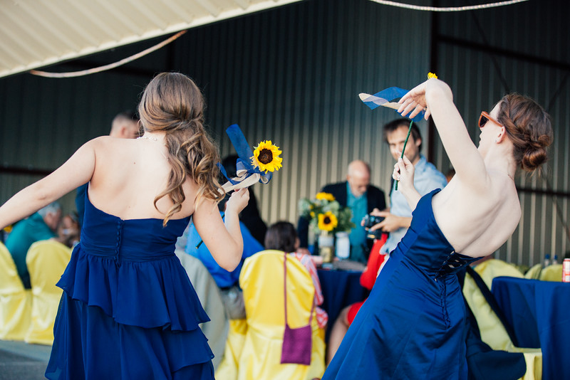 Kevin and Hunter Wedding Photography-13280380.jpg
