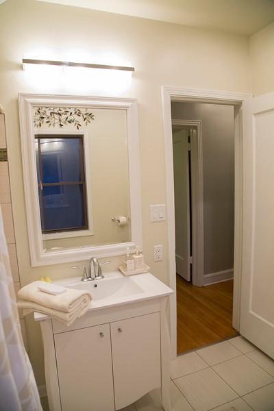 1st Bathroom #5.jpg