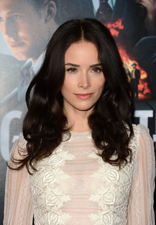 ". Actress Abigail Spencer arrives at Warner Bros. Pictures\' ""Gangster Squad\"" premiere at Grauman\'s Chinese Theatre on January 7, 2013 in Hollywood, California.  (Photo by Jason Merritt/Getty Images)"