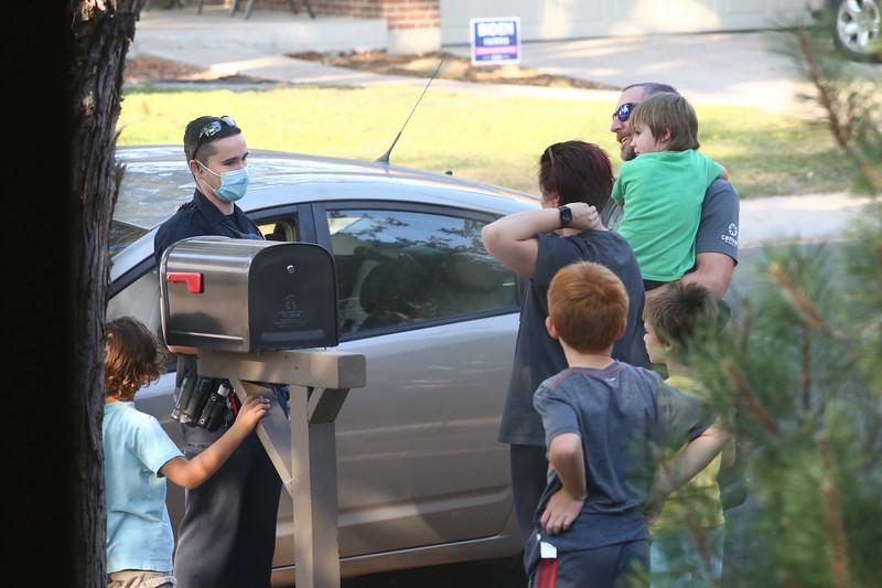 Ezekiel Hides, police arrive