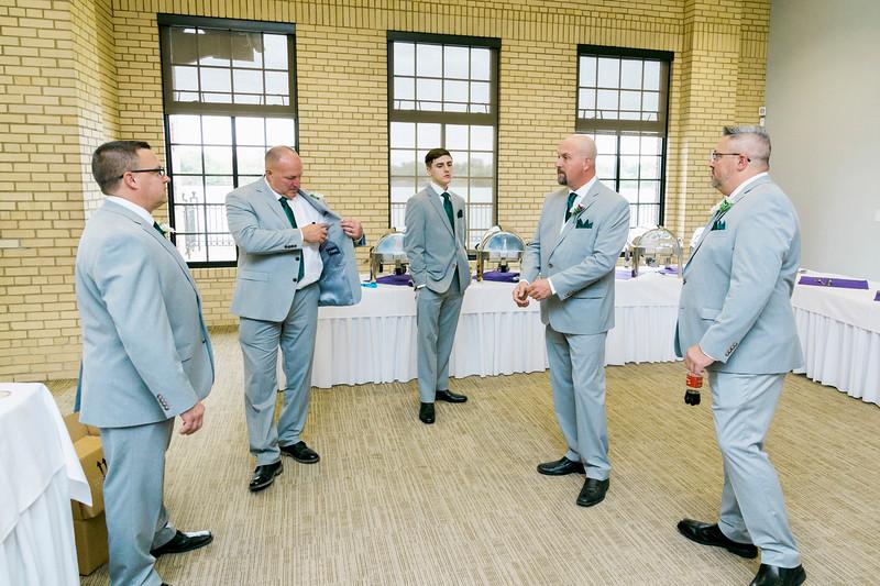 chateau-on-the-river-trenton-michigan-wedding-0040.jpg