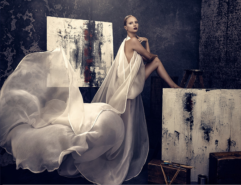 Creative-Space-Artists-Photo-agency-hair-and-makeup-artist-Mark-Williamson-FM-Issue-23-17.jpg