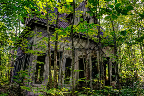 6-8-20 | The Most Crooked Abandoned House You've Ever Seen