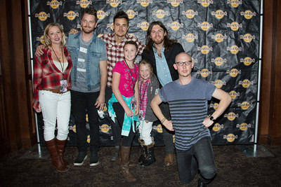 2013-11-14-Mix100-TheFray-MeetnGreet