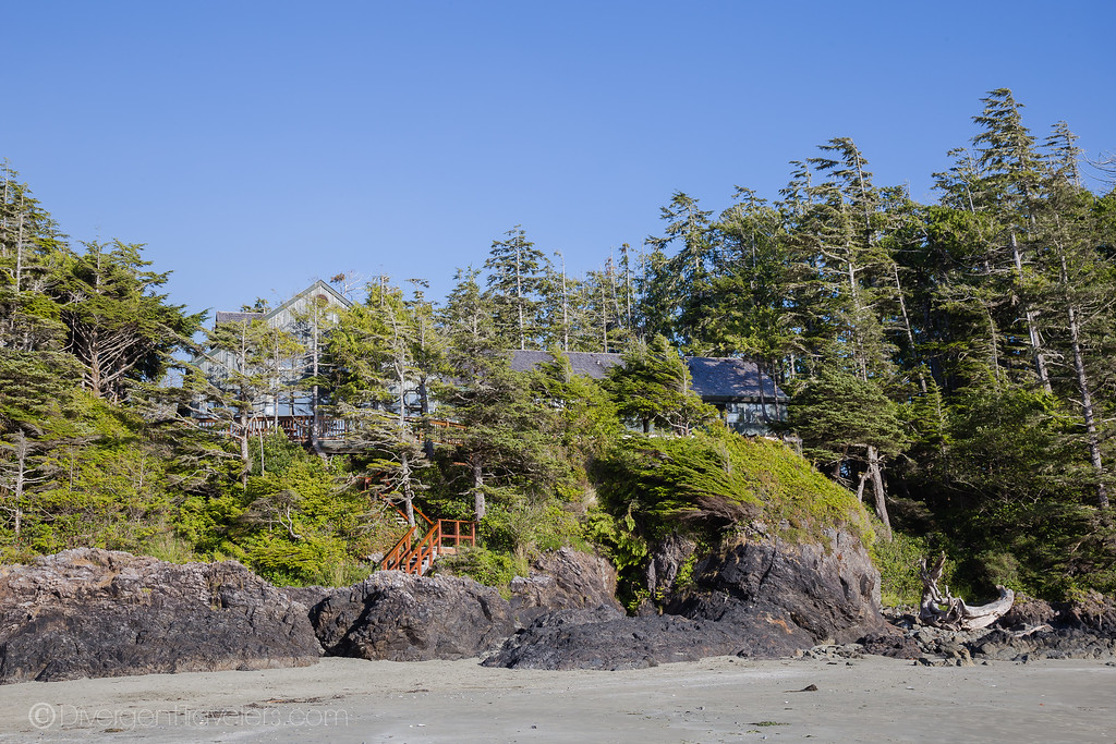 Best Places to Stay in Tofino - Middle Beach Lodge - Lina Stock