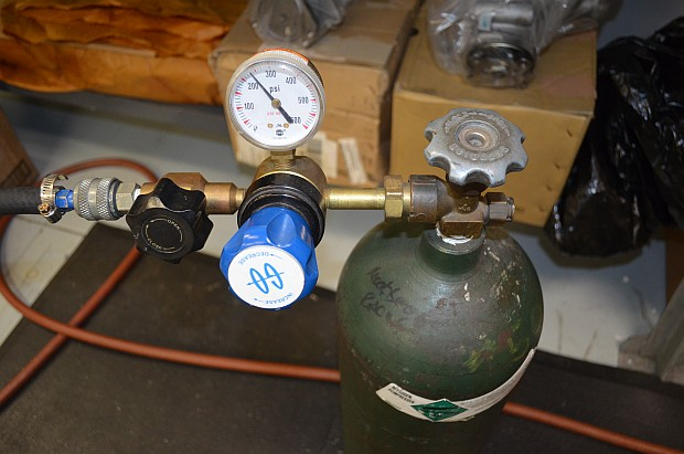 nitrogen tank 3/4