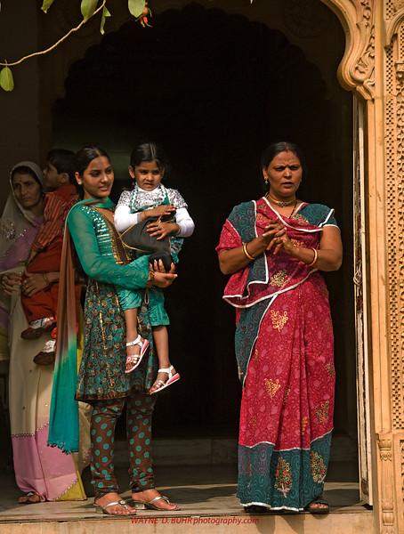 INDIA2010-0208A-111A.jpg