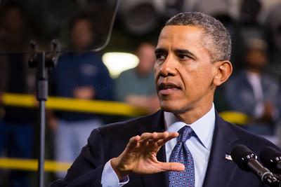President Obama at HII-NNS (Huntington Ingalls Industries - Newport News Shipbuilding)