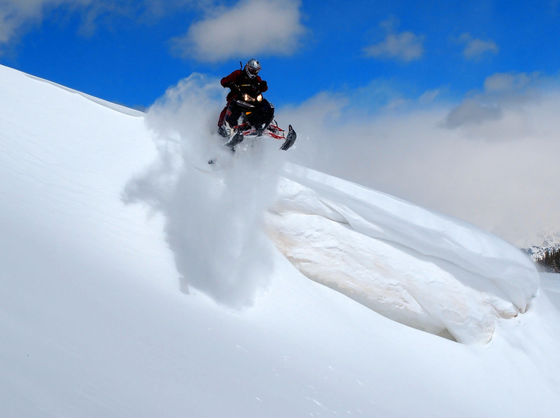 vail_pass_sledding_april_2013_3.JPG