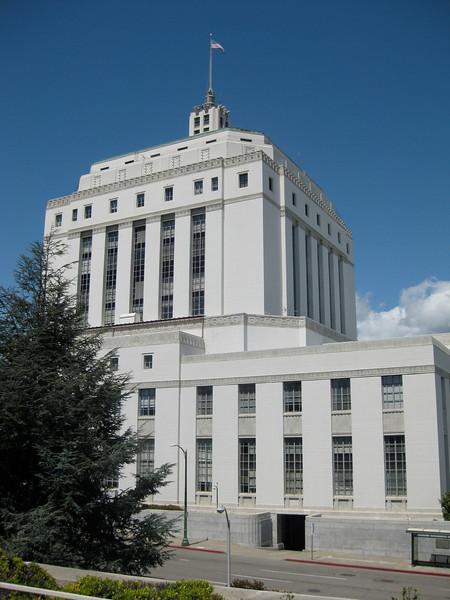 2010-04 (April)
