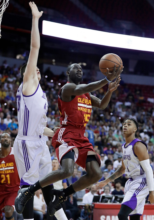 . Cleveland Cavaliers\' Sir Dominic Pointer shoots against Los Angeles Lakers\' Ivica Zubac during the first half of an NBA summer league basketball game Thursday, July 14, 2016, in Las Vegas. (AP Photo/John Locher)