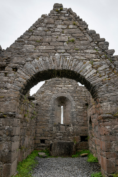 View stone archway of old castle, Kilronan, Inishmore, Aran Islands, County Galway, Ireland
